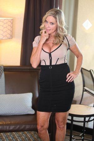 Jodi West Seductive Dress Photo Sets Image